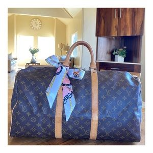 AUTHENTIC LOUIS VUITTON KEEPALL 50 DUFFLE BAG